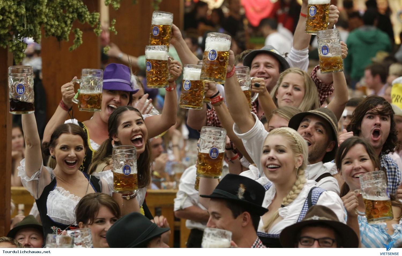 Khám Phá Lễ Hội Bia Oktoberfest Tại Đức