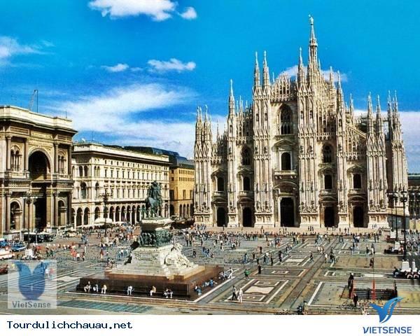 Tour Du Lịch Châu Âu : Pháp - Thụy Sĩ - Italia - Vatican - Monaco